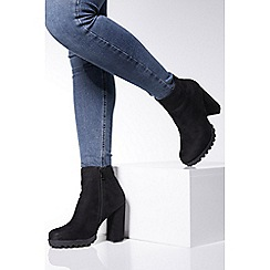 Quiz - Tan faux fur fold over ankle boots