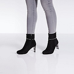 Quiz - Black faux suede fold over diamante ankle boots