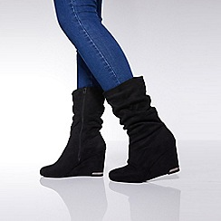 Quiz - Black ruched heel wedge boots