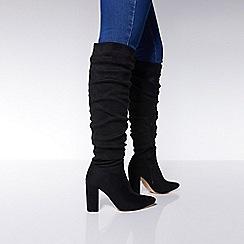 Quiz - Black faux suede over the knee block heel boots