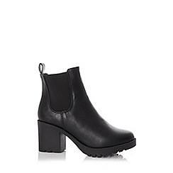 Quiz - Black chunky heel ankle boots