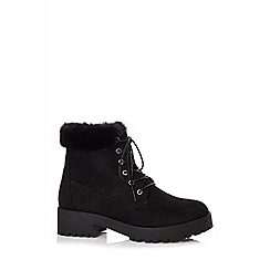 Quiz - Black faux fur hiker boots