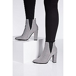Quiz - Check print block heel boots