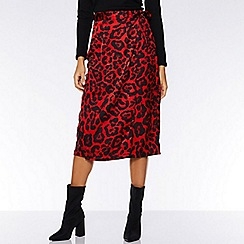 Quiz - Red and black leopard print wrap skirt