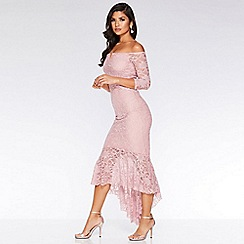 Quiz - Pink glitter lace v bar dip hem maxi dress
