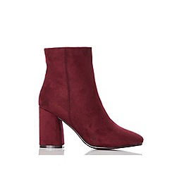 Quiz - Burgunday faux suede square toe ankle boots
