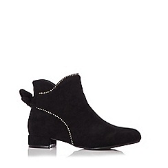 Quiz - Black faux suede bow ankle boots