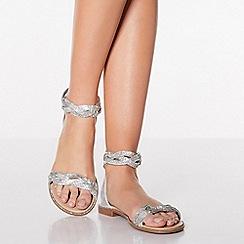 Quiz - Silver Diamante Twist Flat Sandals