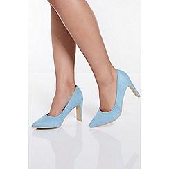 Quiz - Pale Blue Faux Suede Point Court Shoes