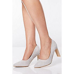 Quiz - Silver Shimmer Faux Suede Point Court Shoes