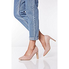Quiz - Blush Shimmer Faux Suede Point Court Shoes