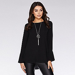 Quiz - Black flute sleeve necklace top