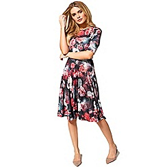 HotSquash - Rose delight print short sleeved skater dress