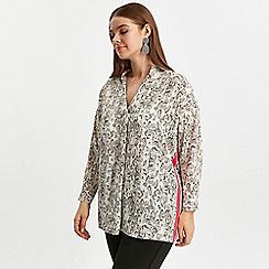 Evans - White snake print shirt