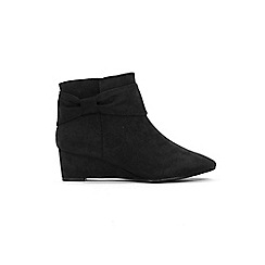 Evans - Extra Wide Fit Black Bow Wedge Ankle Boots