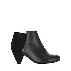 Evans - Extra wide fit black facet heel ankle boots