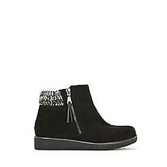 Evans - Extra wide fit knit cuff wedge ankle boots