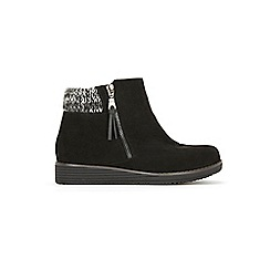 Evans - Wide Fit Black Knit Cuff Wedge Ankle Boots