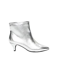 Evans - Silver kitten heel ankle boots