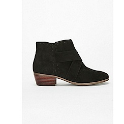 Evans - Extra wide fit black stitch western low ankle boots