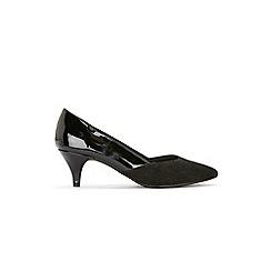Evans - Wide fit black sweetheart kitten heel court shoes