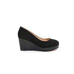 Evans - Extra Wide Fit Black Snake Effect Wedge Heel Shoes