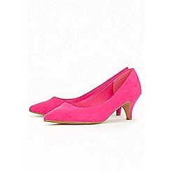 Evans - Pink kitten heel court shoes