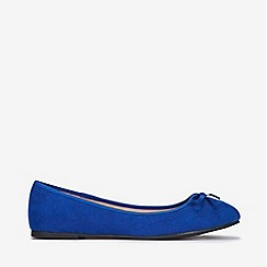Evans - Extra wide fit blue bow ballerina