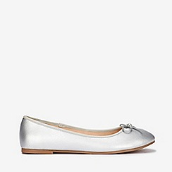 Evans - Extra wide fit silver bow ballerina