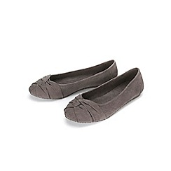 Evans - Grey perforated twist knot pumps