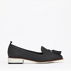 Evans - Extra Wide Fit Black Tassel Loafers