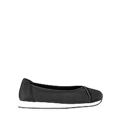 Evans - Extra Wide Fit Black slip on trainers