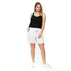 Evans - White linen shorts