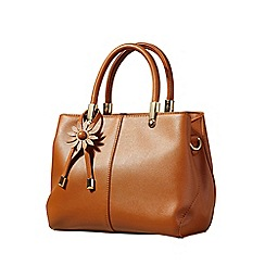 Yumi - Tan faux leather tote bag with flower charm