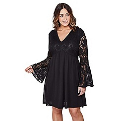 Mela London Curve - Black floral lace lilith plus size smock dress