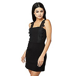 Mela London - Black lace 'valree' dress