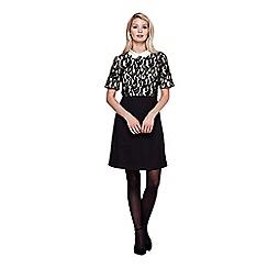 Yumi - black Lace Detail Collar Dress