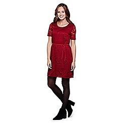 Yumi - red Paisley Lace Belt Shift Dress