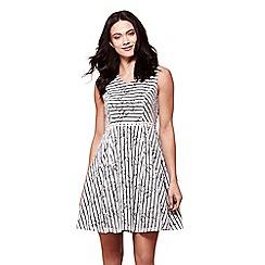 Yumi - Ivory Stripe Lace Shift Dress
