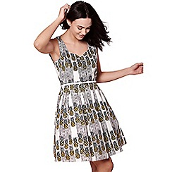 Yumi - Ivory Pineapple Stripe Sleeveless Dress