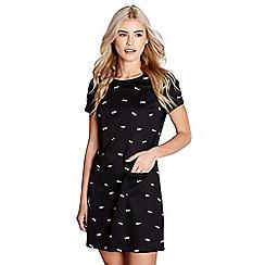 Yumi - Black fish print 'brit' tunic dress