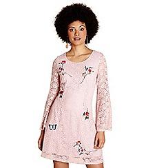 Yumi - Light pink corded lace 'dina' swing dress