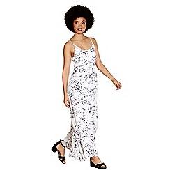 Yumi - Ivory giraffe pattern 'Thalia' maxi dress