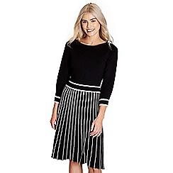 Yumi - Black pleated 'dulcie' knitted dress