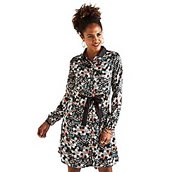 Yumi - Black hexagon floral 'Baylor' tunic dress