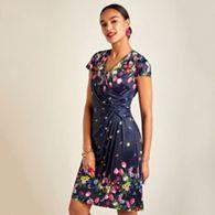 97cf239a499 Yumi - Navy bouquet floral print V-neck wrap dress