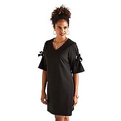 Yumi - Black plain 'beatta' eyelet sleeve tunic dress