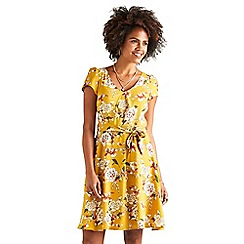 Yumi - Mustard floral 'Valla' cap sleeve skater dress