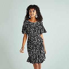 Yumi - Black ditsy floral pattern ruffle dress