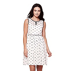Yumi - White sleeves spot print tea dress